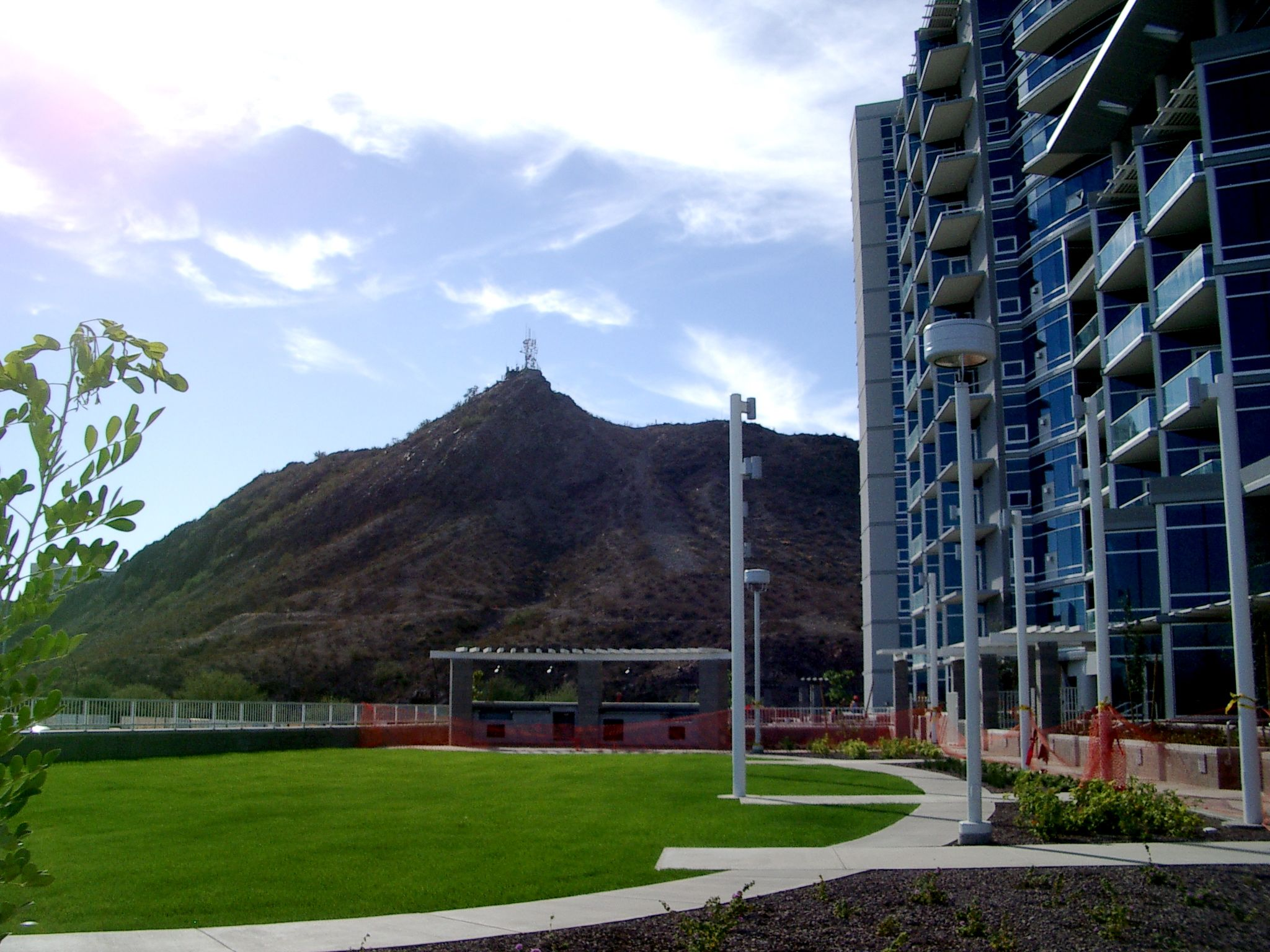 Hayden Ferry Lakeside - Bridgeview Condominiums